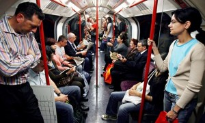 Tube-commuters-012